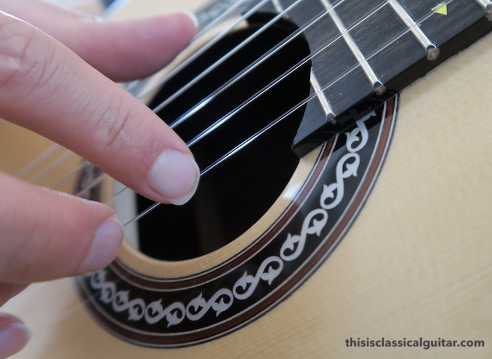 Nail Contact on String for Classical Guitar - i finger