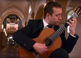 Sanel RedžićplaysPrelude, Fugue, & Allegro BWV 998 by Bach