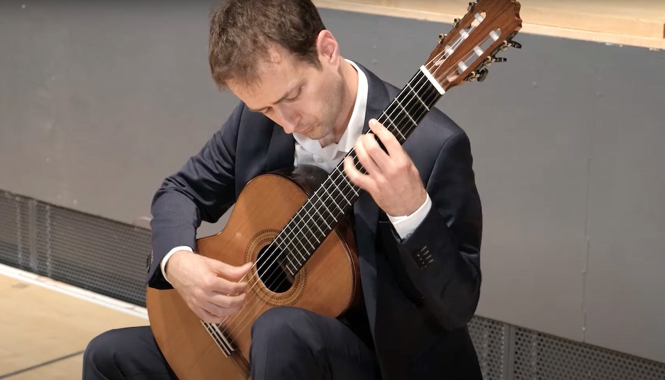 Goran Krivokapić - Sonata para guitarra by Antonio José